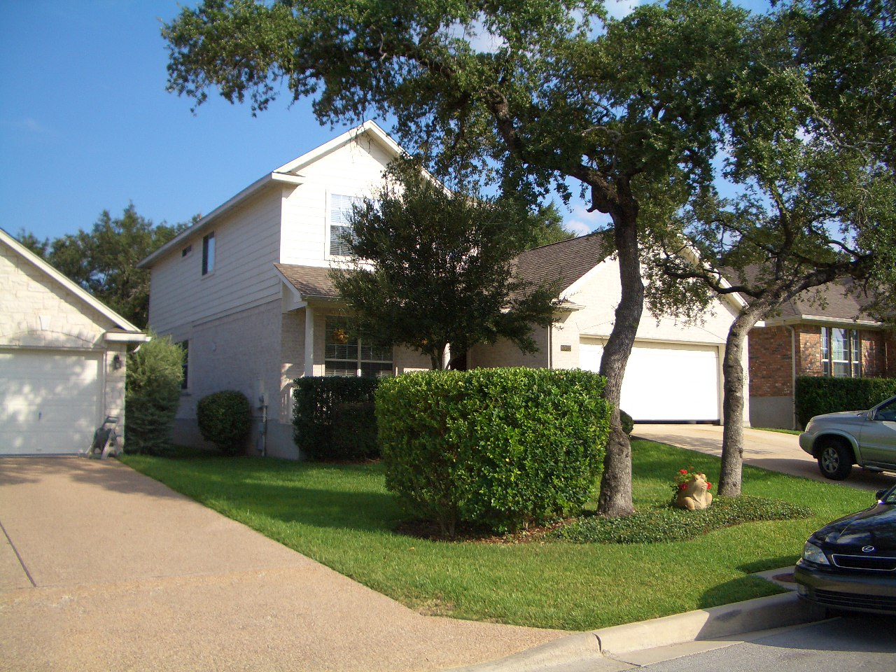 Sommerland Way - Village of Western Oaks - SW Austin - CURRENTLY OCCUPIED